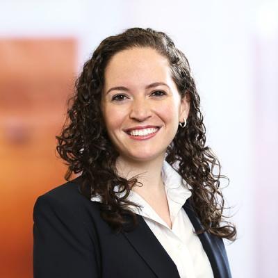 Professional Cropped Burkhoff Amy Mintz