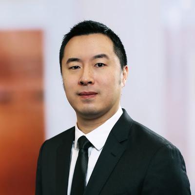 Professional Cropped Kwan Adrian Mintz