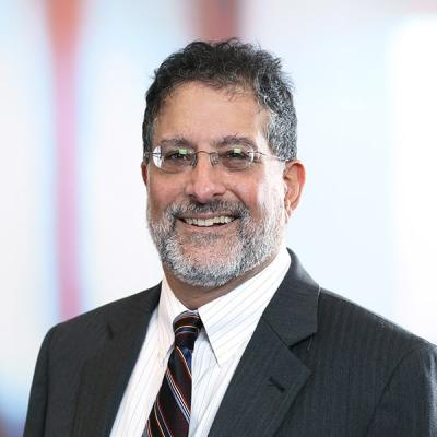 Professional Cropped Moche Richard Mintz