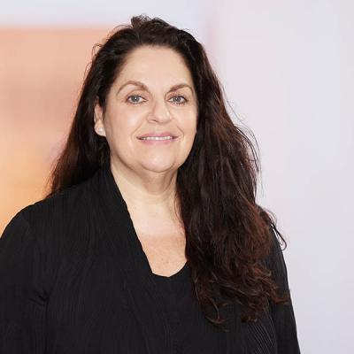 Professional Cropped O'Brien Sharon Mintz