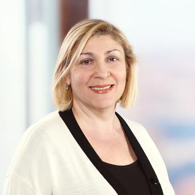 Professional Cropped Britva Irina Mintz